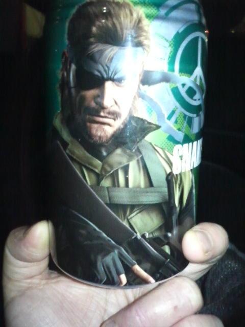 スネーク缶